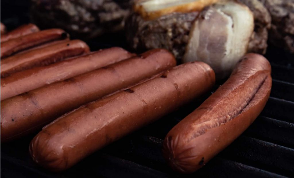 pairing wine with hot dog